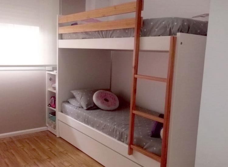 1 cama cucheta combinada